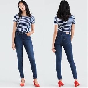 Levis 721 High Rise Skinny Blue Story Wash Jeans